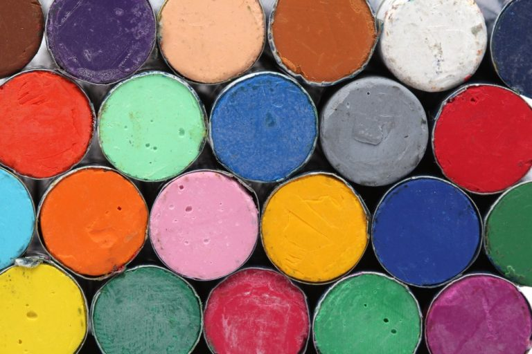 oil pastels crayons