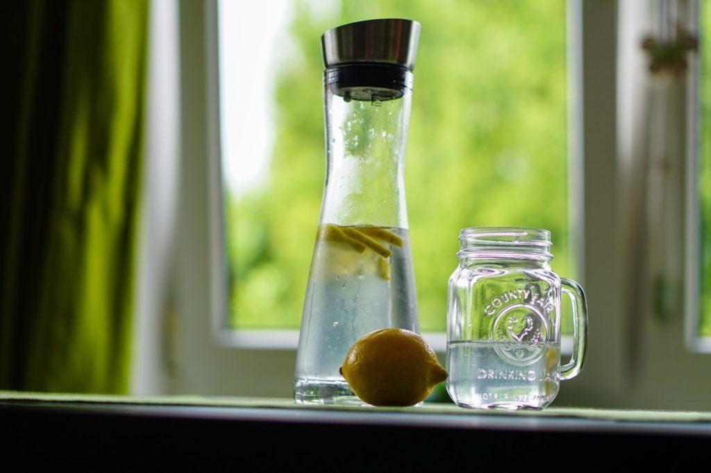 lemon water for detox
